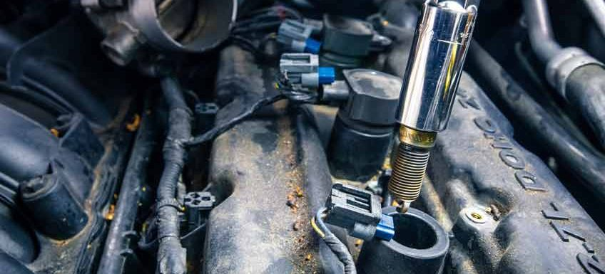 Changing spark plugs - removing old spark plugs