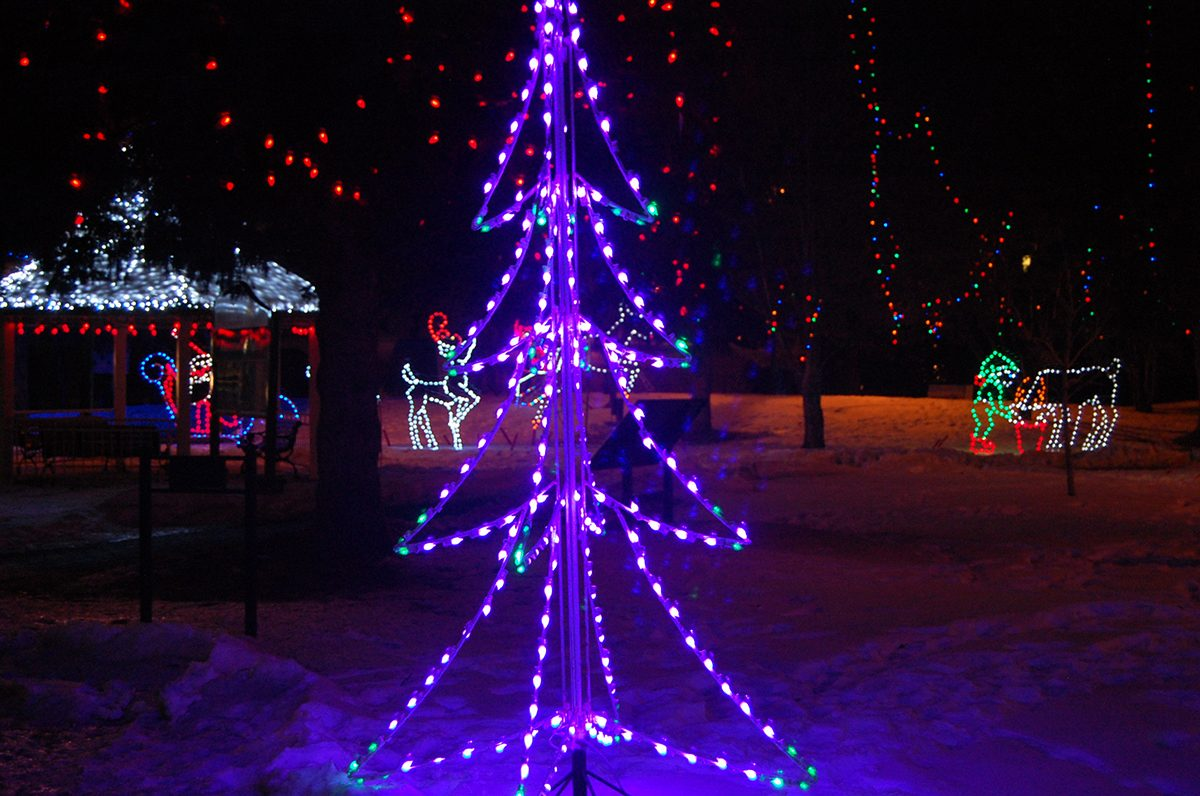 Deck the halls - Christmas in the Park Morinville