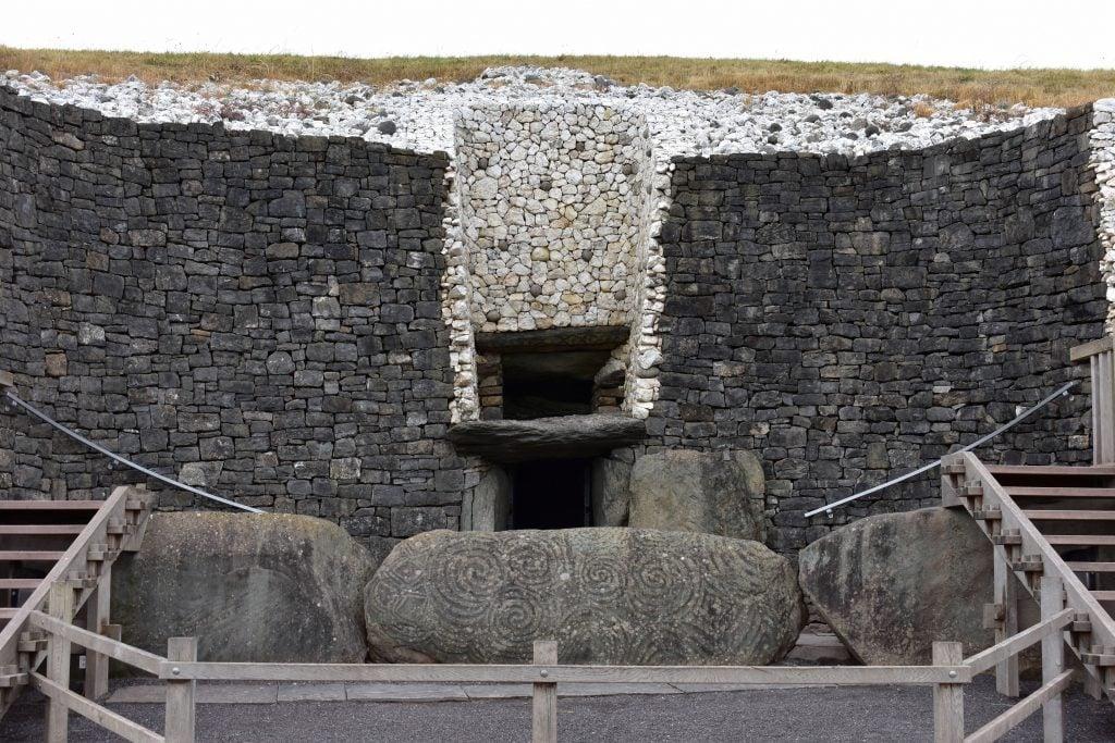 Newgrange Neolithic Historical Site, Ireland 3200B.C.