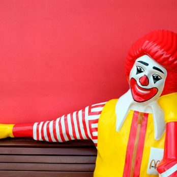 12 Ridiculous Reasons People Sued Fast-Food Chains