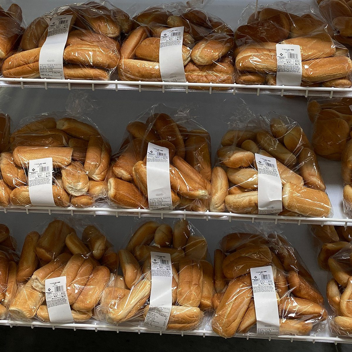 Orlando,FL/USA -10/4/19: Bread, rolls, and buns on the baked goods aisle of a Sams Club grocery store with fresh breads ready to be purchased by consumers.; Shutterstock ID 1522390964; Job (TFH, TOH, RD, BNB, CWM, CM): TOH
