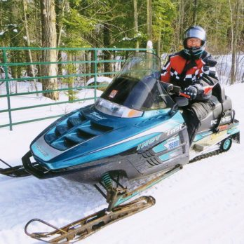 This is What It's Like Snowmobiling Through Southwestern Ontario