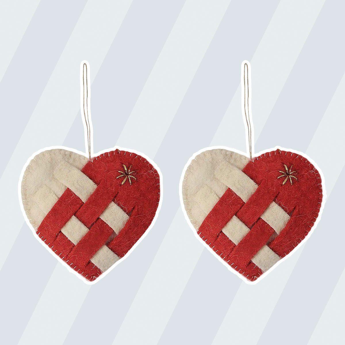 De Kulture Hand Made Felt Pleated Hearts Ornament