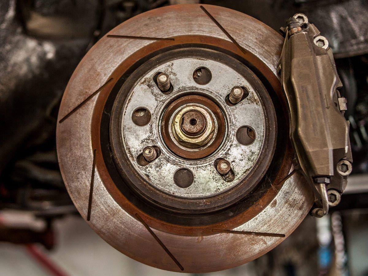 Remove rust from brake rotors