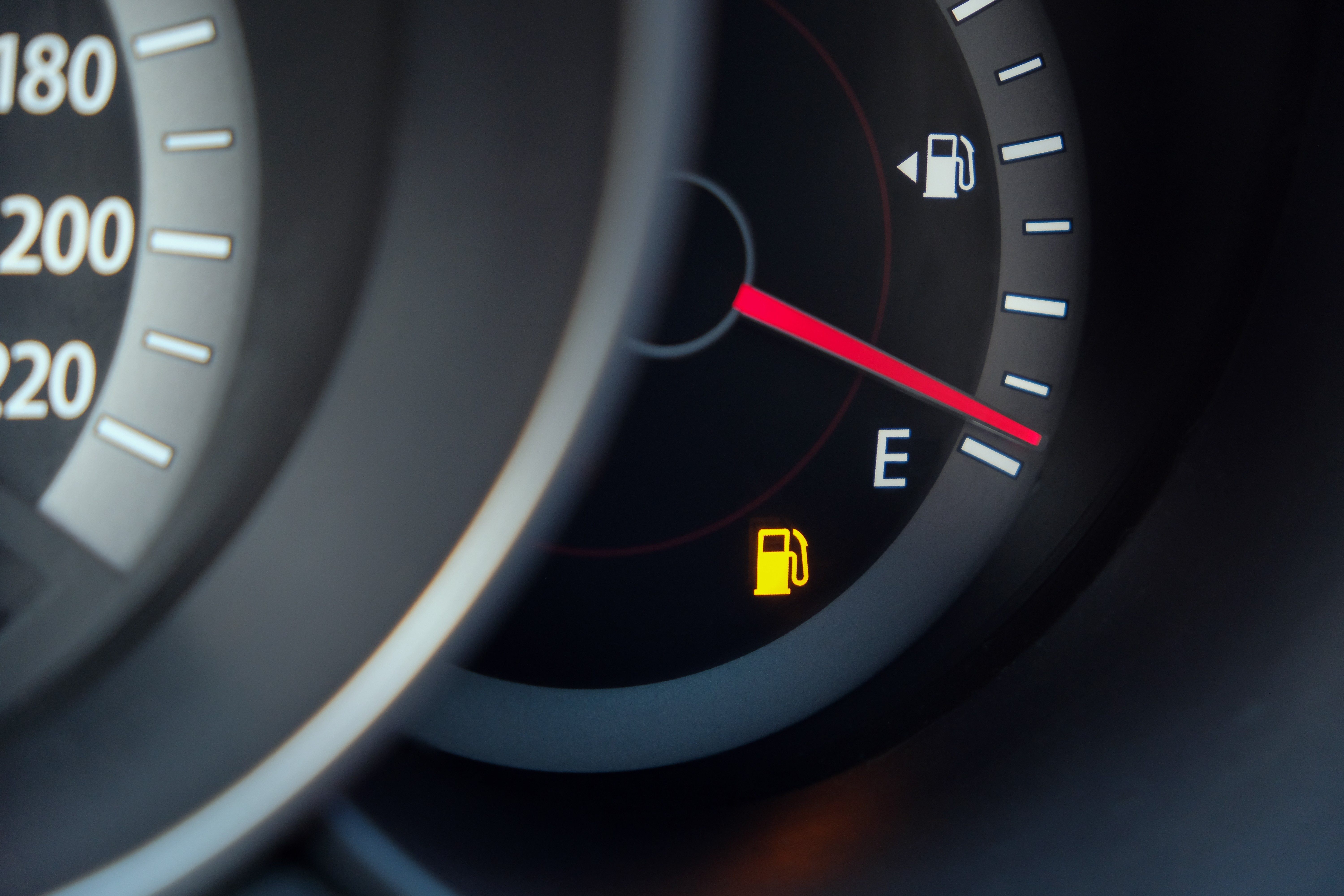 Fuel gauge with warning indicating low fuel tank