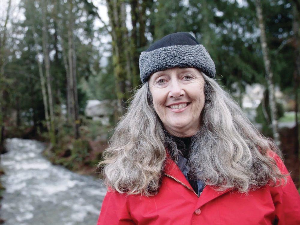 Tracey, a semi-retired school teacher