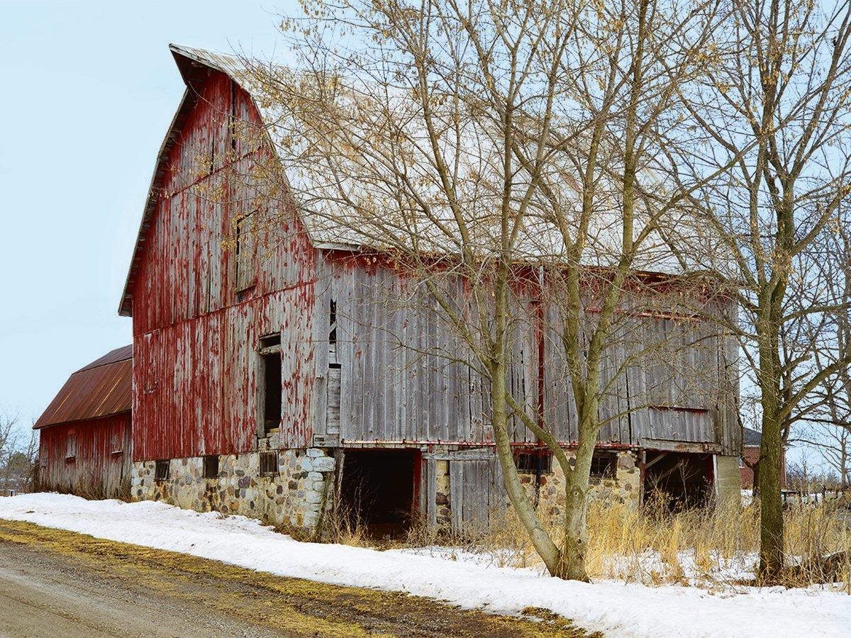 Abandoned barn with fieldstone base