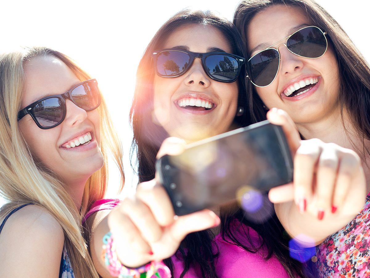 Best pi jokes - three teenagers girls