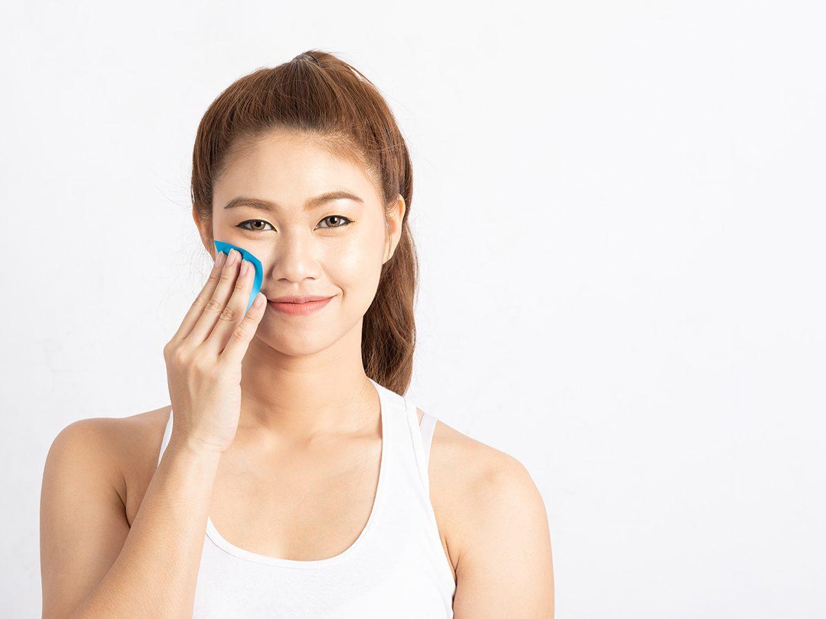 Glowing skin secrets - blotting papers