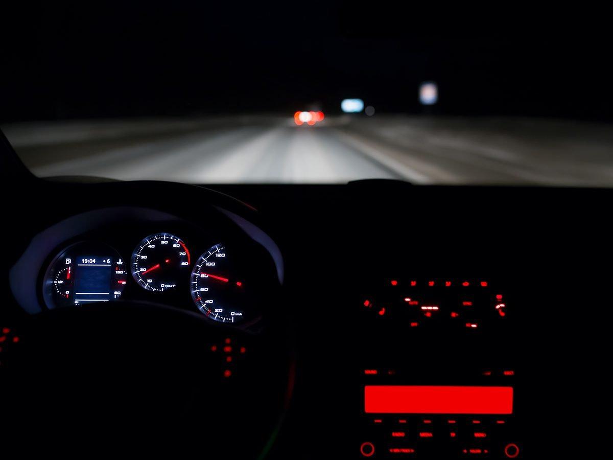 Hilarious tweets - driving at night