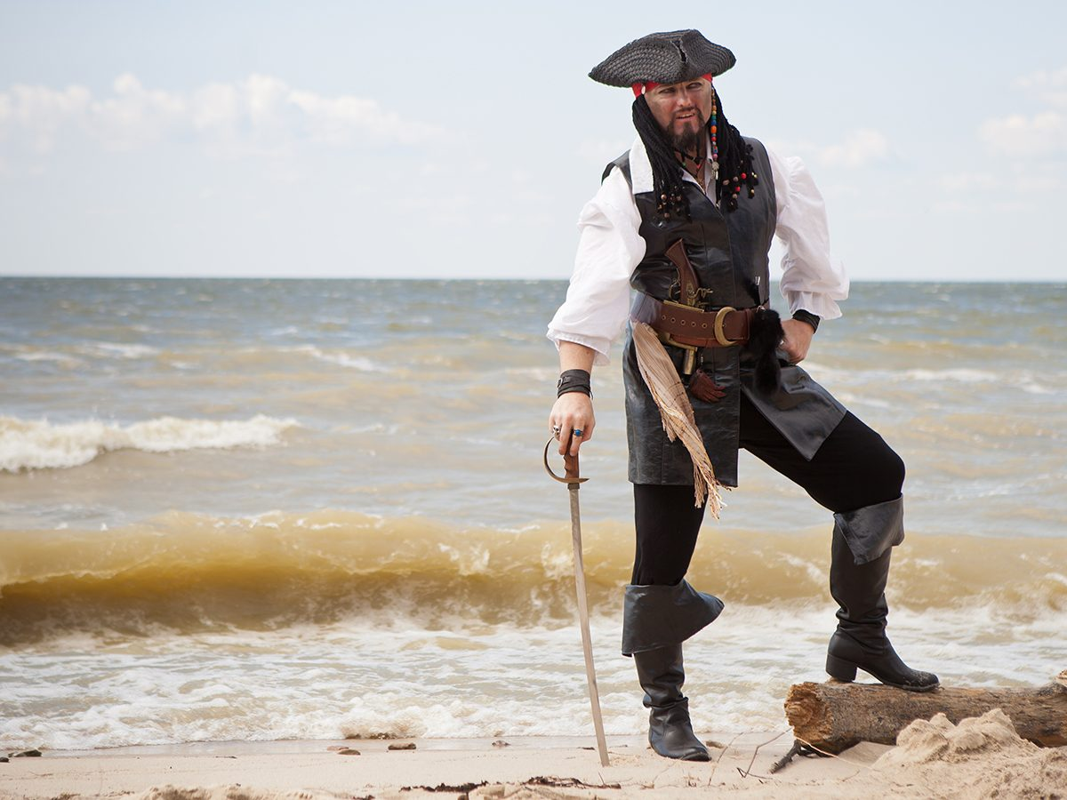Hilarious tweets - pirate