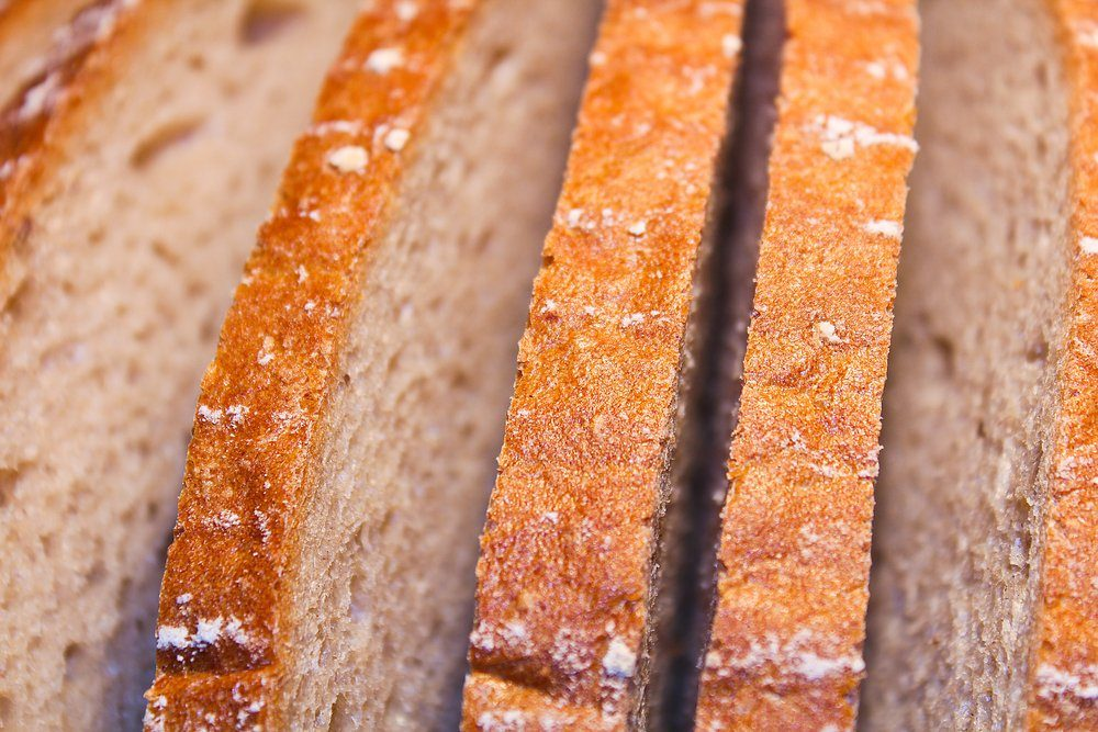 Slice of bread, close up texture photo