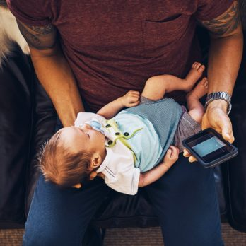 Secondhand Screen Time: Why Experts Are Calling It the New Secondhand Smoking