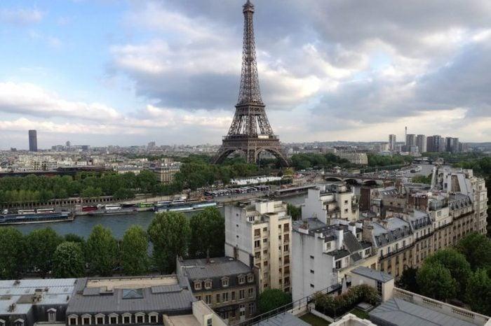 paris i get paid to travel melissa klurman