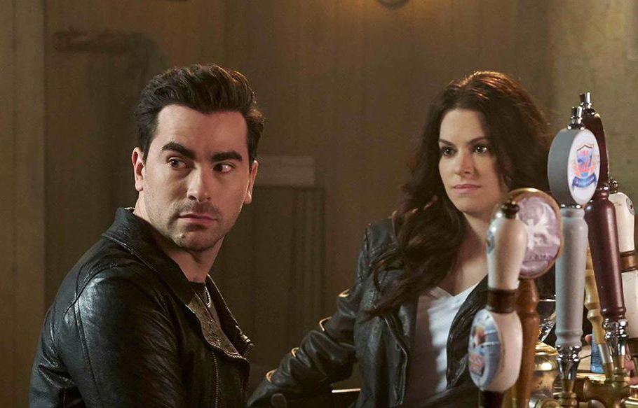 Best Schitt's Creek quotes - David and Stevie at the bar