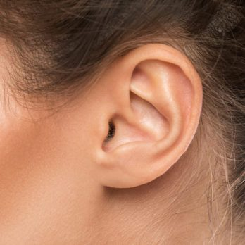 How to Remove Earwax: 5 Home Remedies That Work