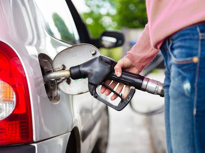 How A Gas Pump Knows When Your Cars Tank Is Full