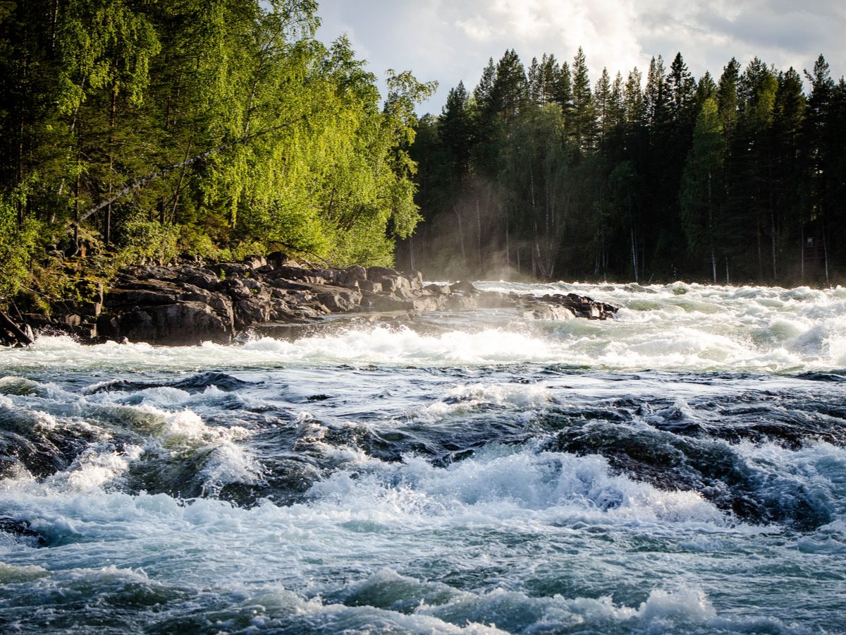Strong rapids