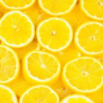 12 Things You Really Should Be Cleaning with Lemons