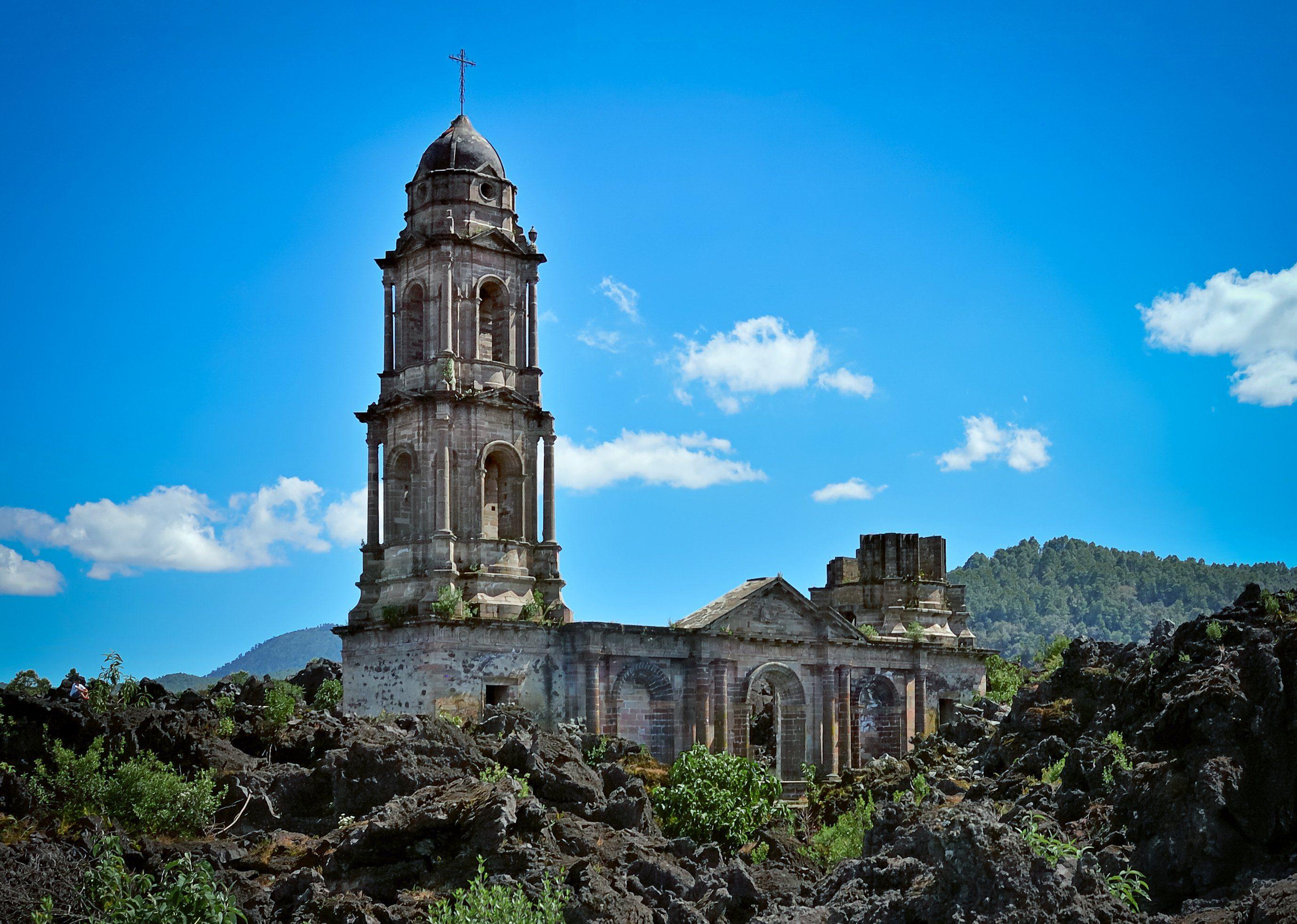 San Juan Parangaricutiro Mexico