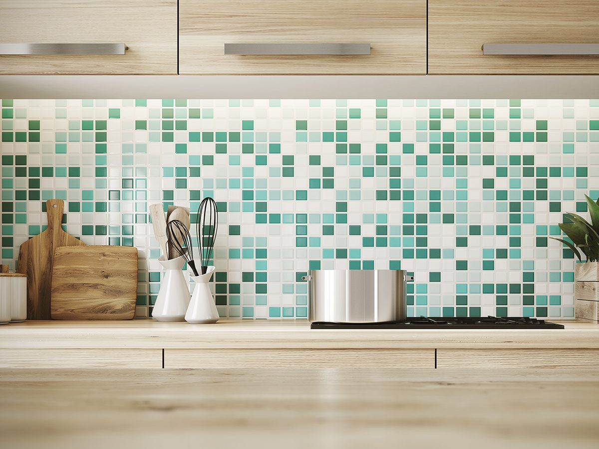 Charles the Butler - how to clean a kitchen backsplash