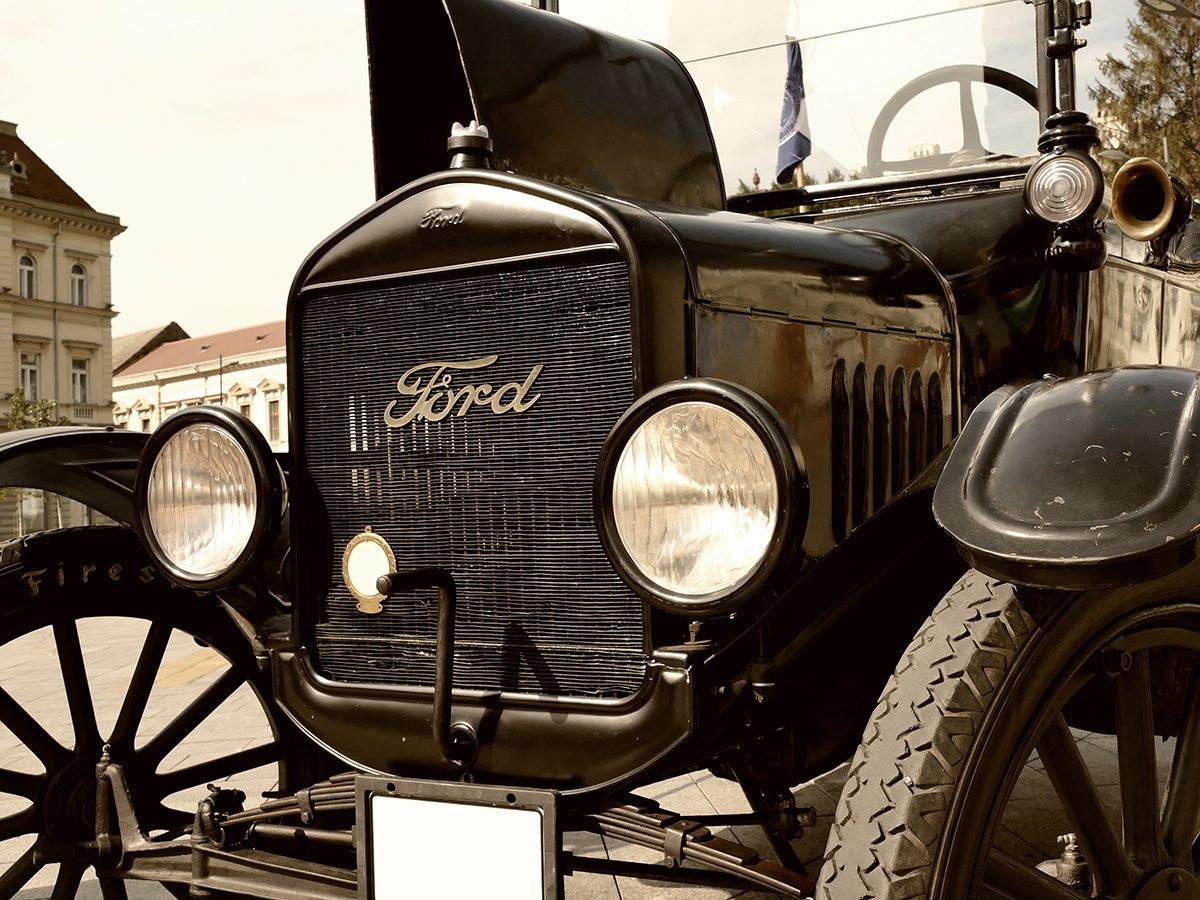 Classic car parts - classic Ford