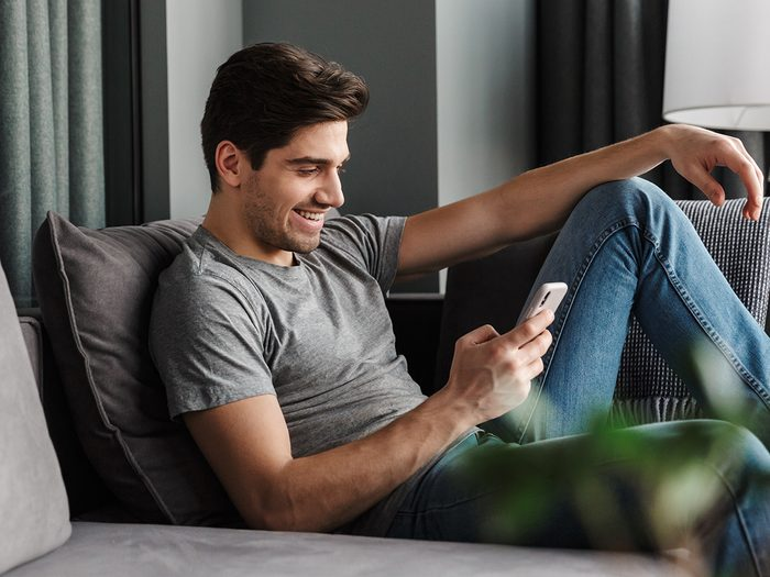 Facebook Messenger scams - man texting