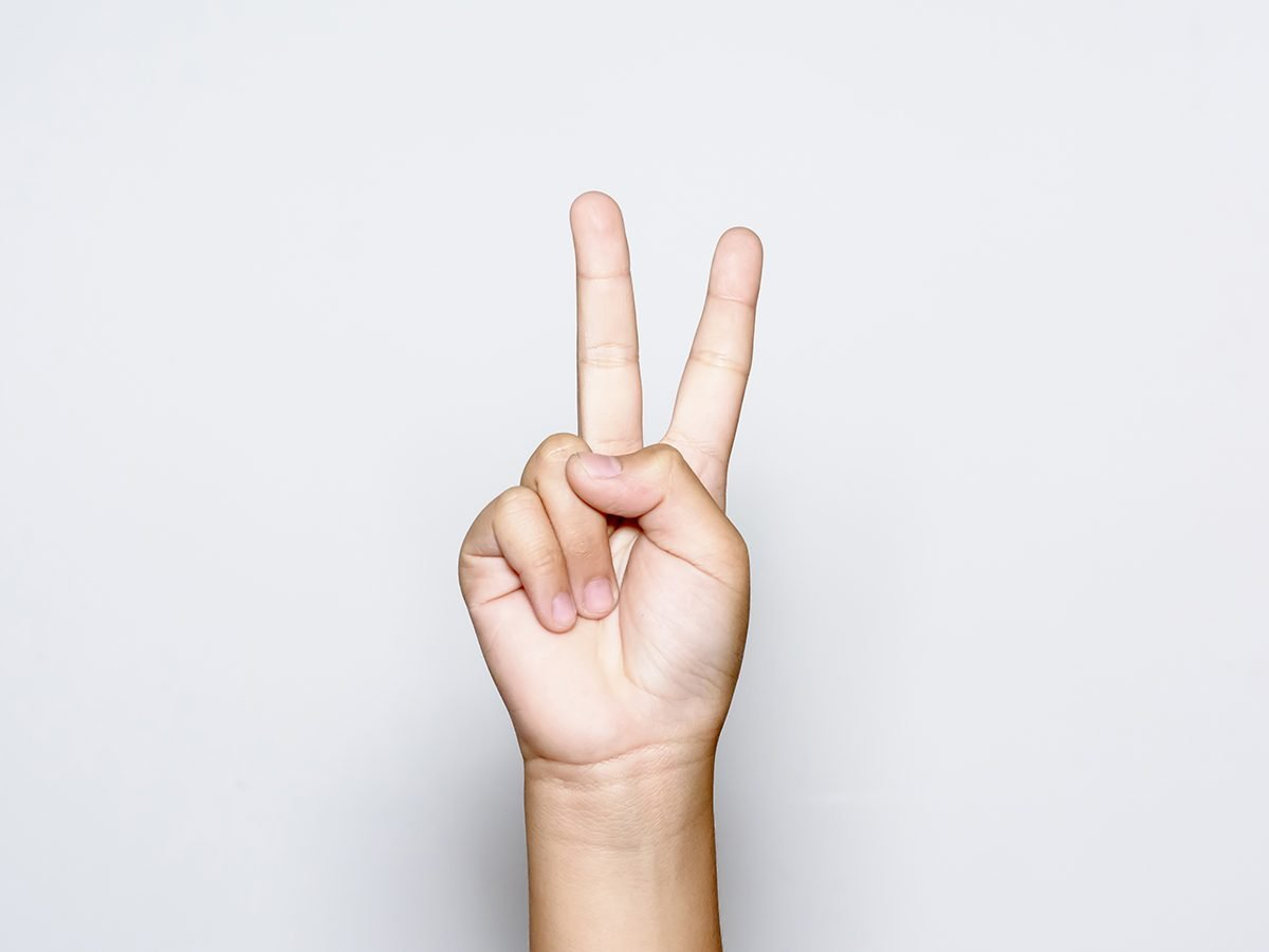 Hilarious history jokes - two fingers peace sign