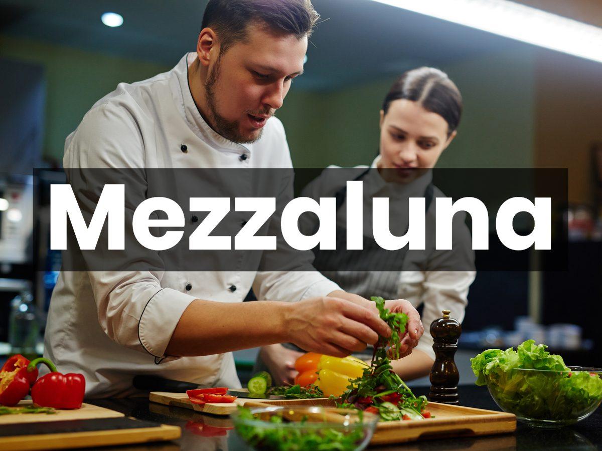 Cooking terms - Mezzaluna