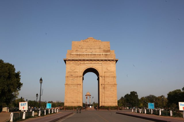 India battles Corona Virus Pandemic Lock down
