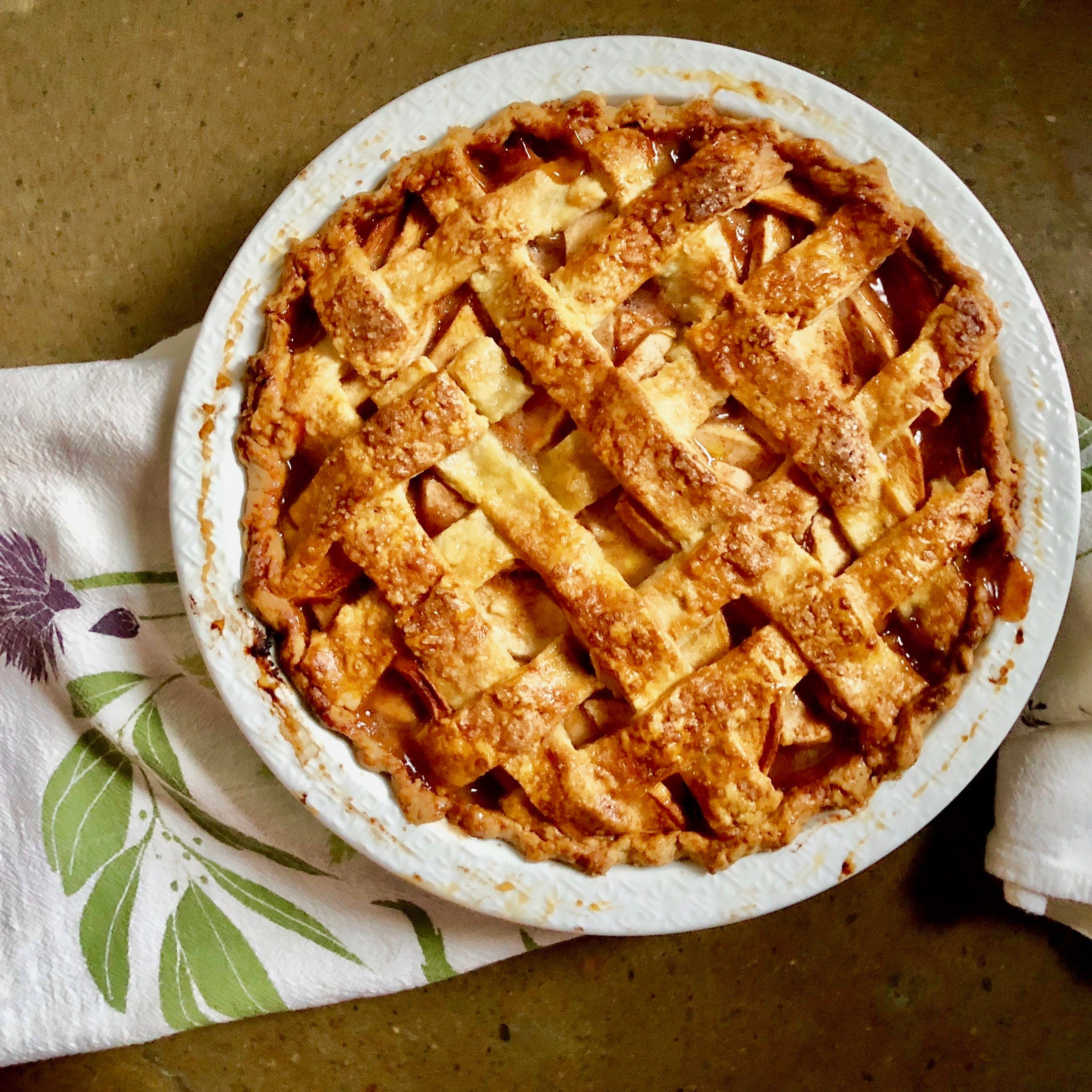 baking pie coronavirus quarantine activites