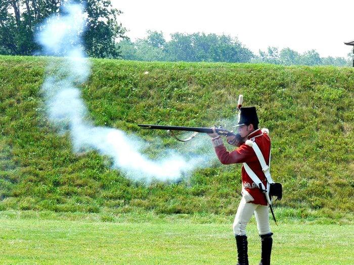 historical canadian photos - War of 1812 reenactment
