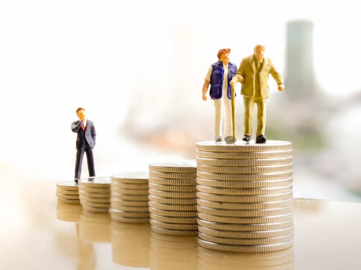 How to save for retirement concept using miniature figures