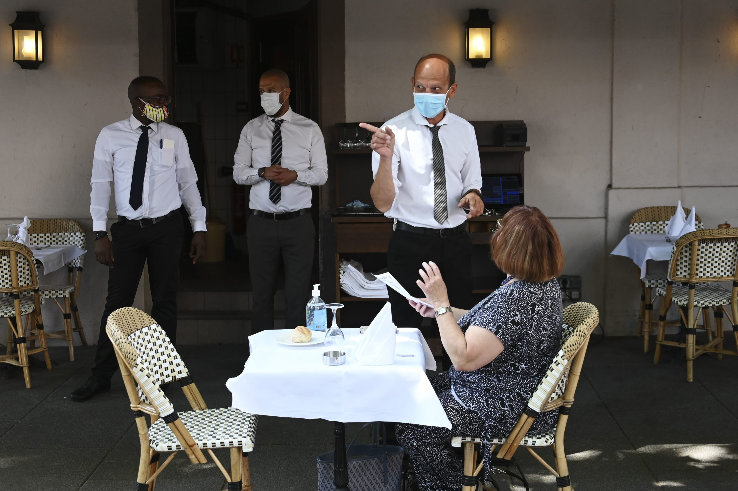 FRANCE-VIRUS-HEALTH