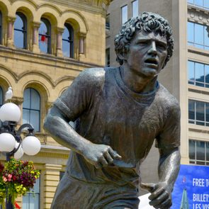 Canadian heroes - Statue of Terry Fox