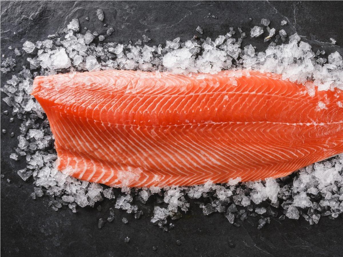 Salmon fillet on a bed of sea salt