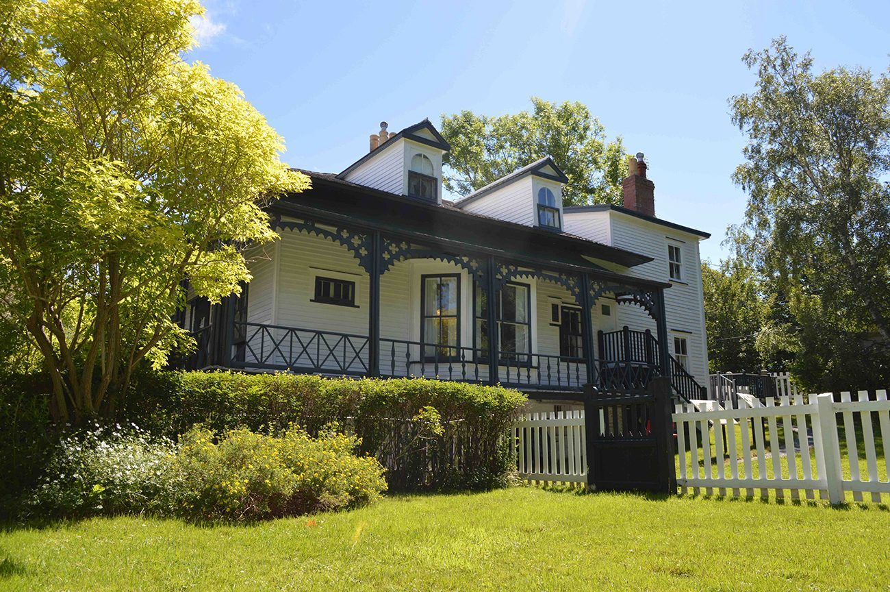 Most famous house in every province - Hawthorne Cottage