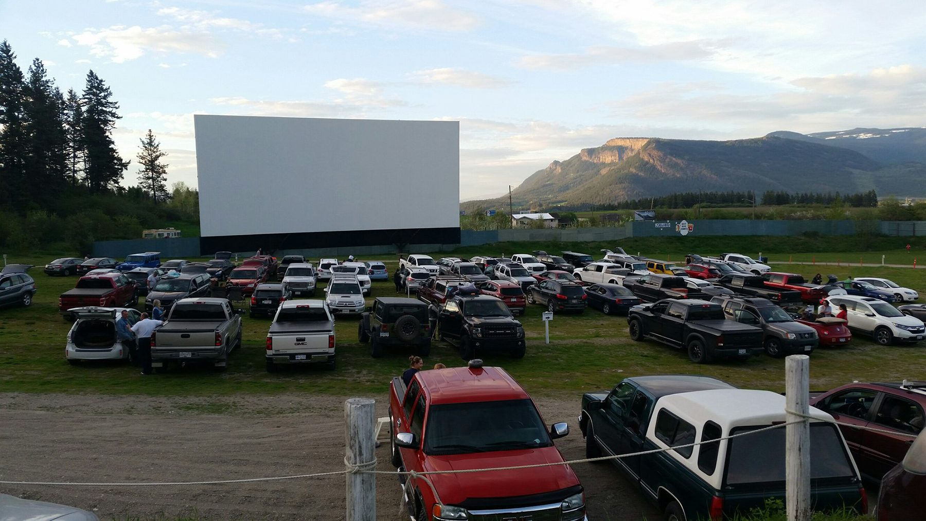 Best drive in theatres across Canada - Starlight Drive In, Enderby, BC