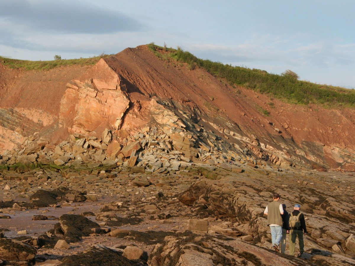 Canadian geography - Joggins Fossil Cliffs, Nova Scotia