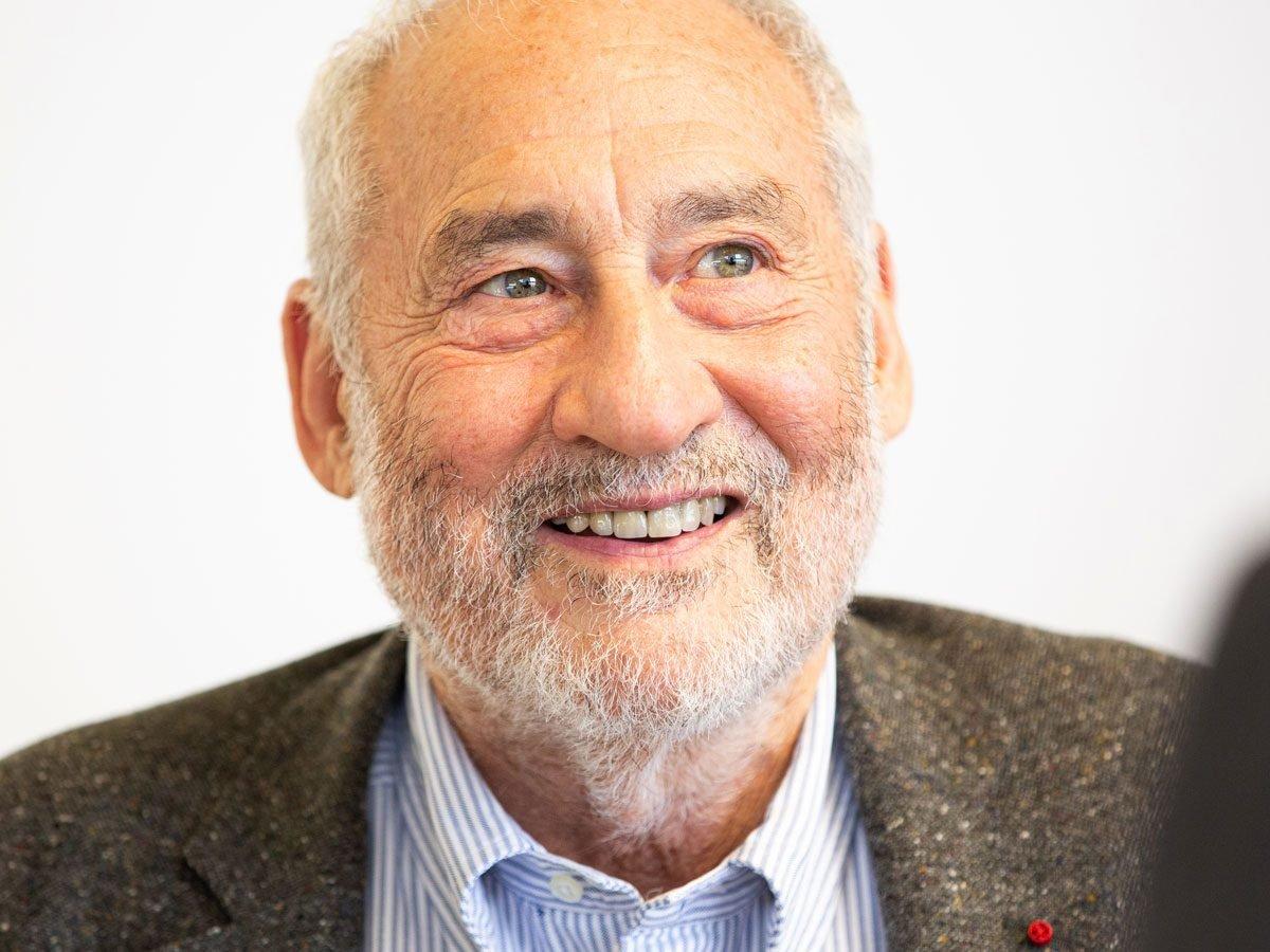Economics Joseph E. Stiglitz