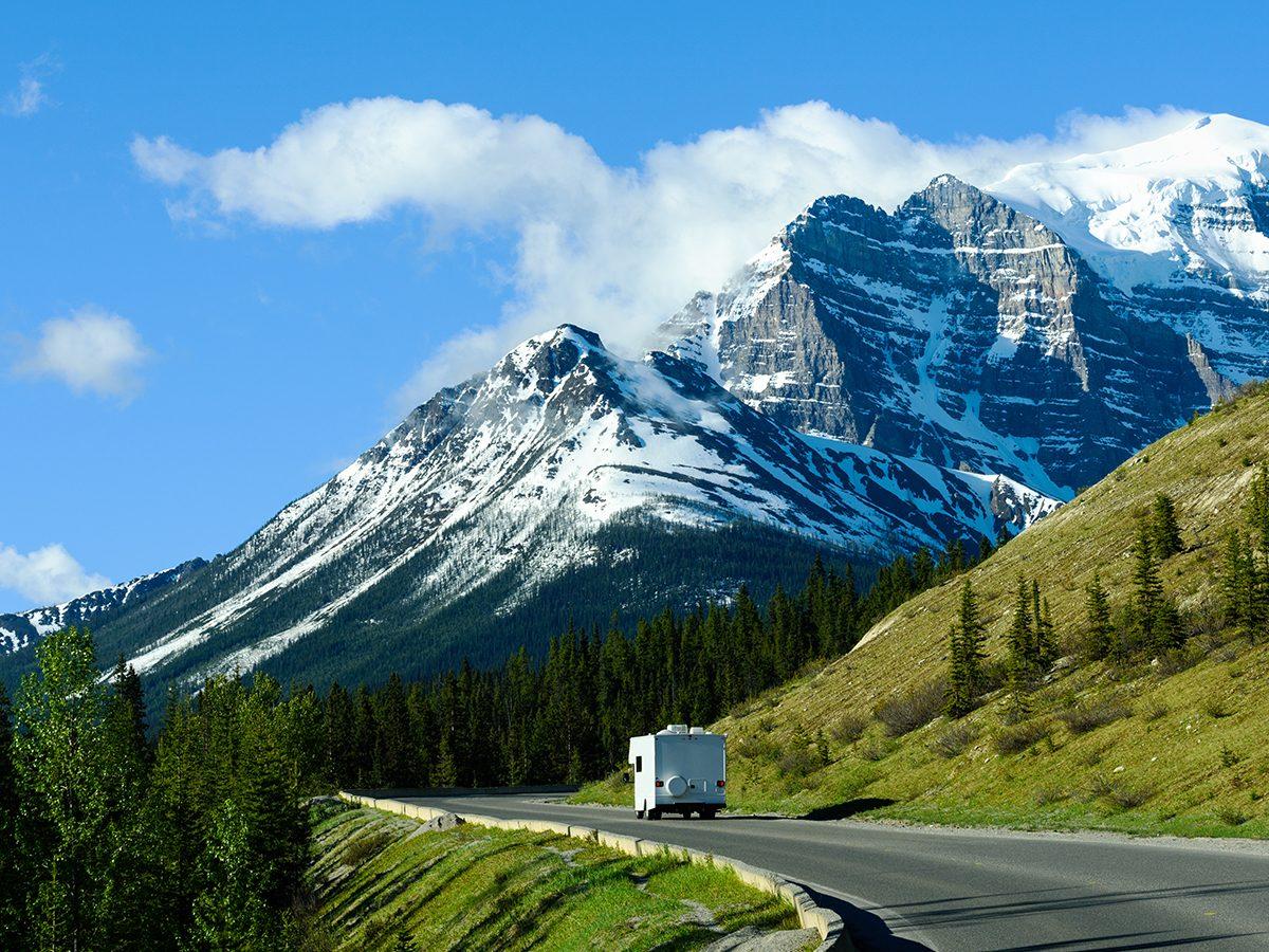 RV trip planner - RV road trip to Moraine Lake, Banff
