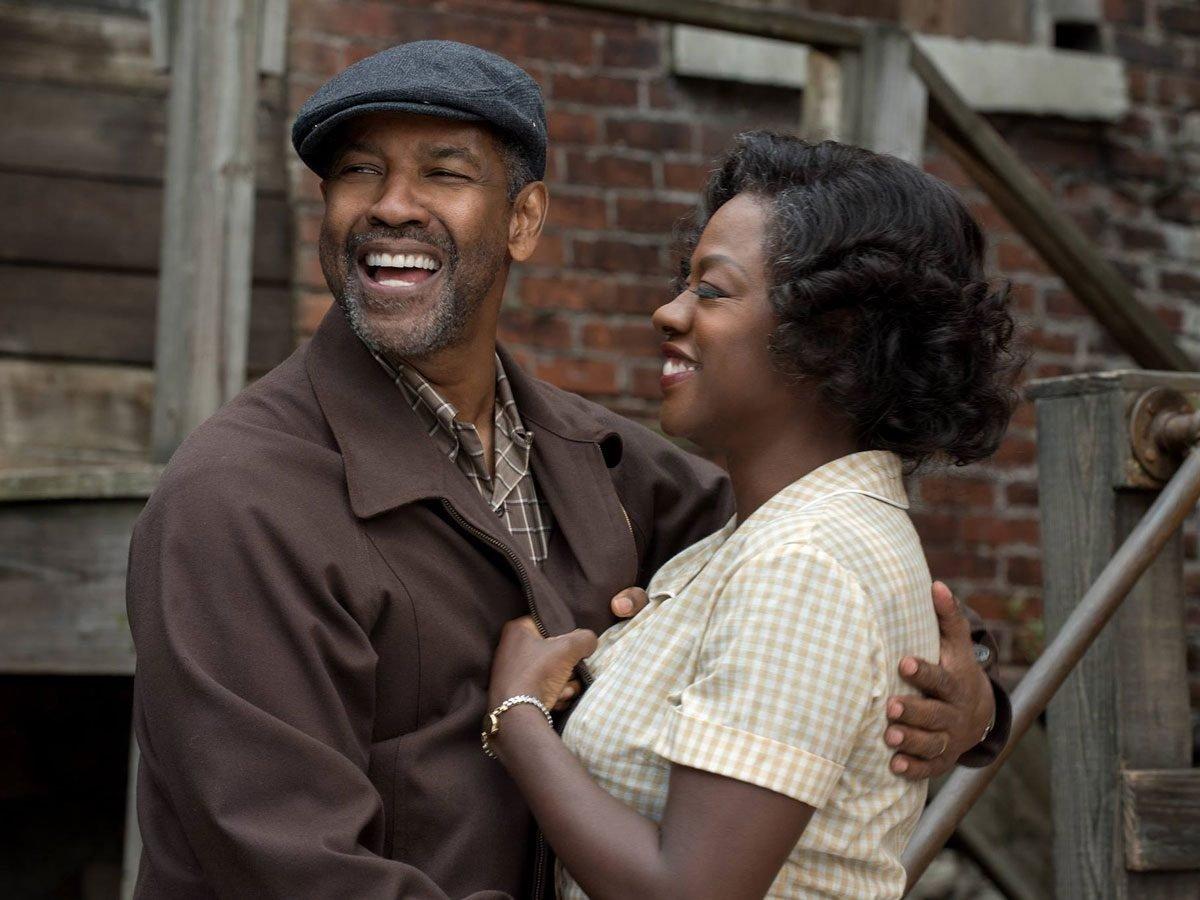 Denzel Washington and Viola Davis in Fences