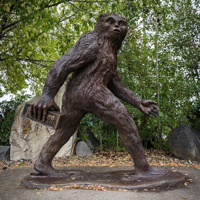 Canadian Legends - Sasquatch statue