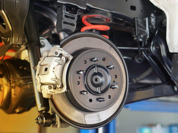 Car brakes grinding noise