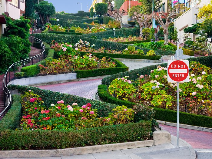Famous streets - Lombard Street in San Francisco