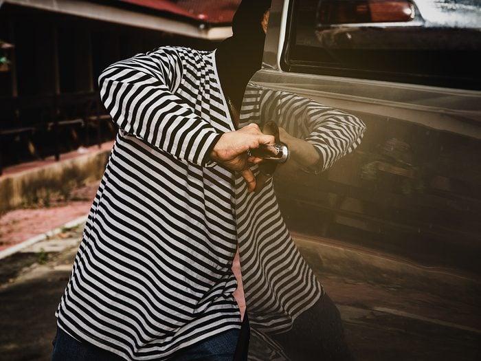 Lawyer jokes - truck thief