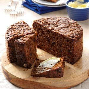 Gooey Old-Fashioned Steamed Molasses Bread