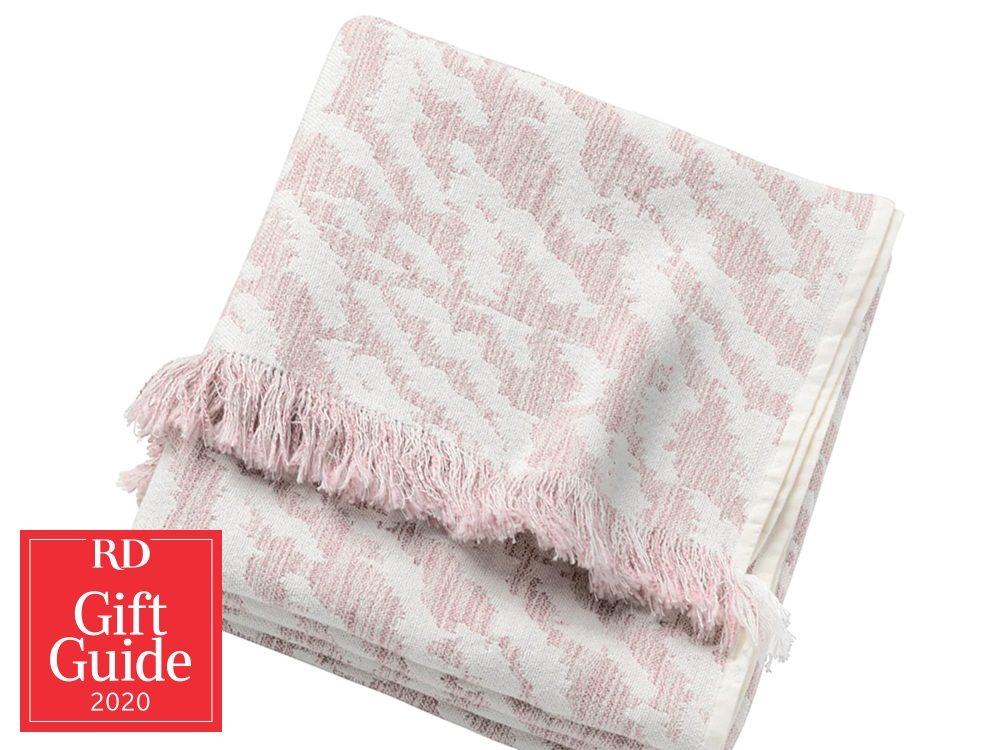 Canadian gifts - holiday gift guide - IKEA Kapaster throw blanket