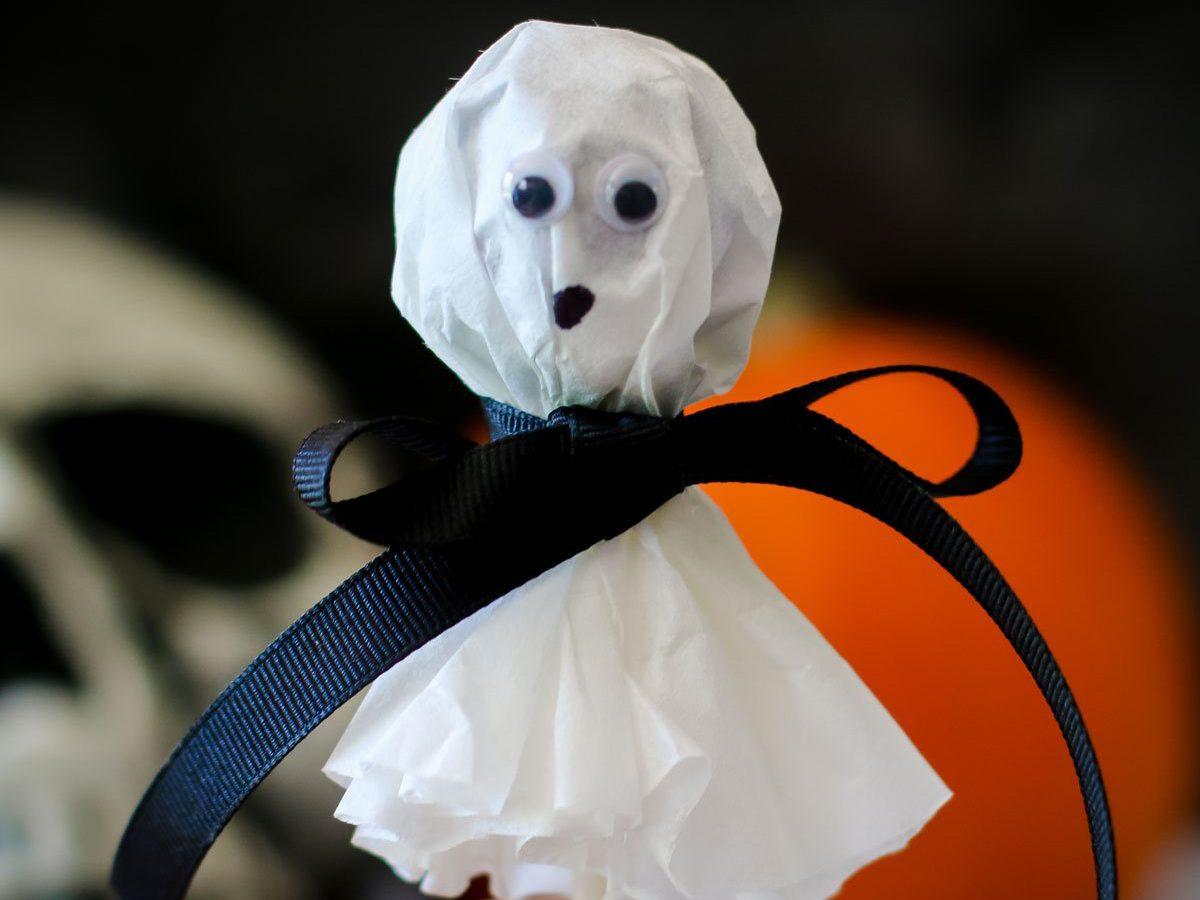 Easy halloween crafts for kids - Lollipop Ghost