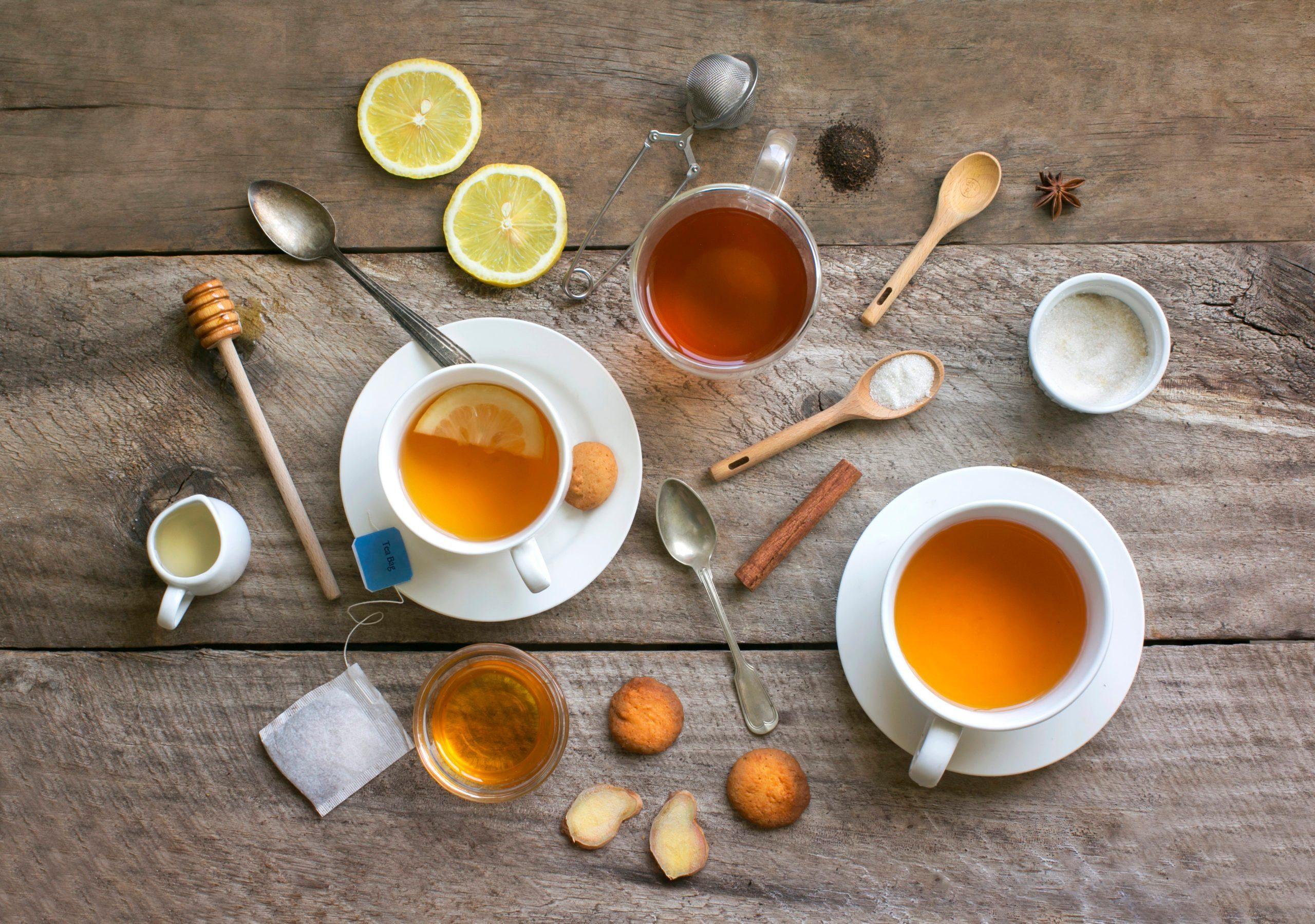 Healthy drink honey lemon ginger tea . Ok